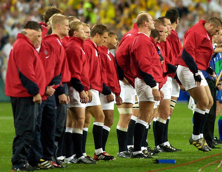 Photo: Steve Holland..Australia v England. Rugby World Cup Final, at the Telstra Stadium, Sydney. RWC 2003. 22/11/2003. .The England team lineup.