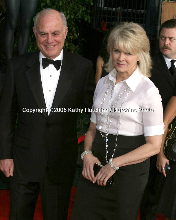 Candice Bergen & date.12th Annual Screen Actors Guild  Awards.Shrine Auditorium.Los Angeles, CA.January 29, 2006.©2006 Kathy Hutchins / Hutchins Photo....