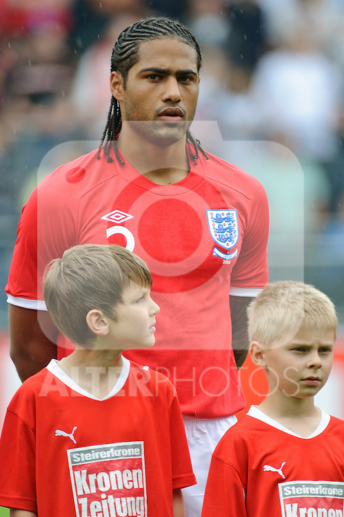 30.05.2010, UPC Arena, Graz, AUT, WM Vorbereitung, Japan vs England, im Bild Glen Johnson, England, EXPA Pictures © 2010, PhotoCredit: EXPA/ S. Zangrando