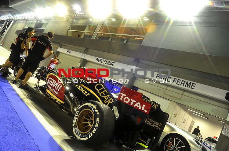 19.-22.09.2013, Marina-Bay-Street-Circuit, Singapur, SIN, F1, Grosser Preis von Singapur, Singapur, Lotus Renault GP R31 <br />  Foto &copy; nph / Mathis