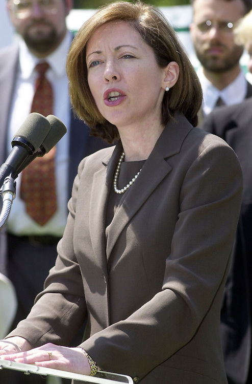 Cantwell043001-- Sen. Maria Cantwell, D-WA, at a press conference to protest the Bush adminisration's plans to kill the Roadless Area Conservation Rule.