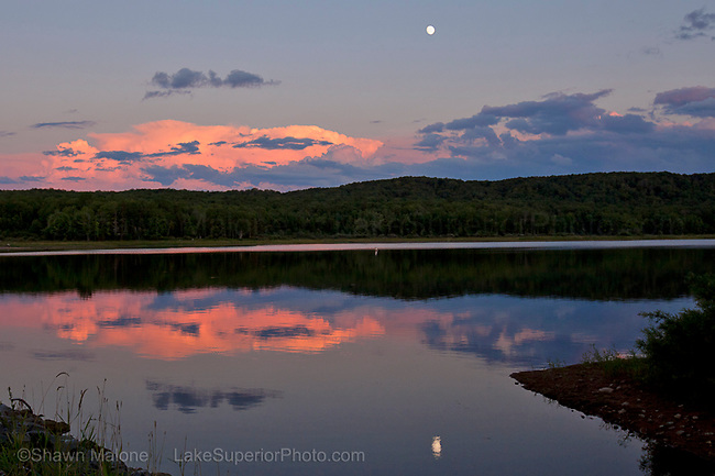 photos, pictures, images of Upper Peninsula Michigan inland lakes