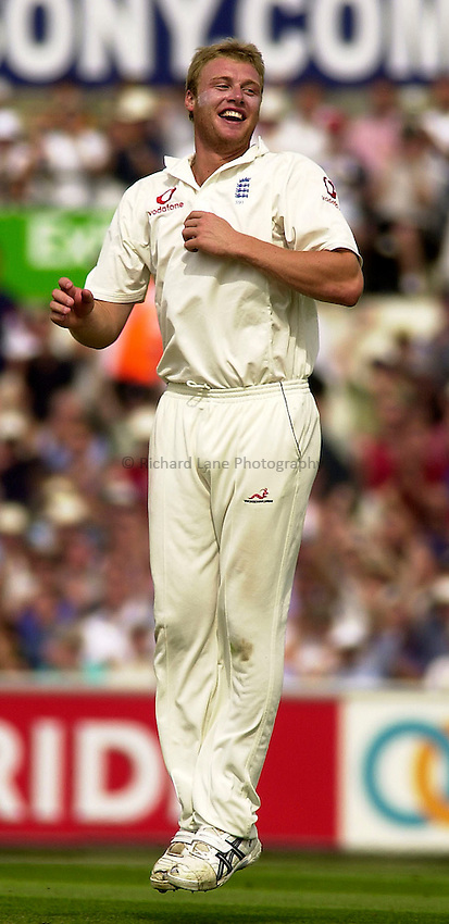 Photo. Glyn Thomas. .Fifth nPower Test, The Oval, London. .England v South Africa, Day 2, 05/09/2003..Andrew Flintoff celebrates.