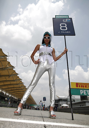 25.03.2012. Kuala Lumpur, Malaysia.   FIA Formula One World Championship 2012 Grand Prix of Malaysia. Picture shows on of the Grid Girls before the start of the race