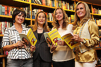 ATENÇÃO EDITOR: FOTO EMBARGADA PARA VEICULO INTERNACIONAL - SÃO PAULO, SP, 24 OUTUBRO 2012 - LANÇAMENTO LIVRO HOMENS QUE FOGEM DE SONIA ABRÃO - Lançamento do livro Homens que Somem de Sonia Abrão que recebe apresentadoras Faa Morena, Rosana Beni e Helô Pinheiro, o livro tem por finalidade não só registrar a angústia feminina com essa questão como também trazer à tona o que se passa na cabeça dos homens no momento em que decidem fugir depois de um encontro, de um romance e de um casamento. A autora encomendou um estudo ao IBOPE/Inteligência que reuniu grupos compostos por homens e mulheres que já viveram ao menos uma situação como essa, na livraria Cultura na Av Paulista zona sul da cidade nessa quarta,24. (FOTO: LEVY RIBEIRO / BRAZIL PHOTO PRESS)