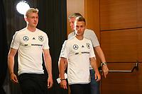Julian Brandt (Deutschland Germany) und Joshua Kimmich (Deutschland, Germany) bei ihrem Auftritt auf der Pressekonferenz - 16.06.2017: Pressekonferenz der Deutschen Nationalmannschaft, Radisson BLU Hotel Sotschi