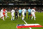 Madrid (06/03/10).-Estadio Santiago Bernabeu..Campeonato Nacional de Liga..Real Madrid 3-Sevilla 2..Bandera de solidaridad con Chile...© Alex Cid-Fuentes/ ALFAQUI...I.