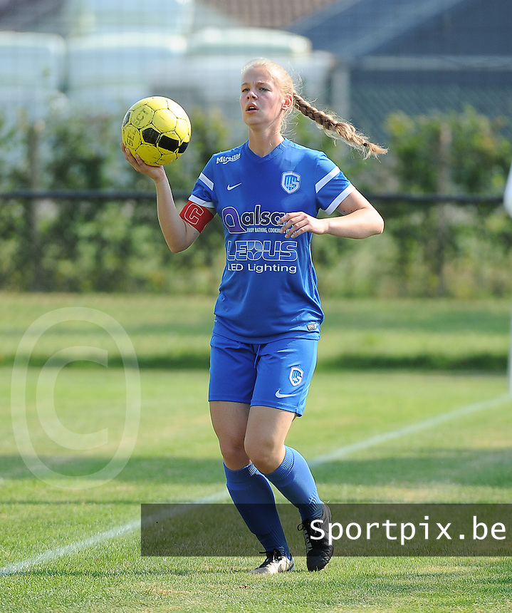 20160827 - ZWEVEZELE , BELGIUM : Genk's Floor Caelen pictured during the soccer match  in the 2nd round of the  Belgian cup 2017 , a soccer women game between SK Voorwaarts Zwevezele and RC Genk Ladies  , in Zwevezele , saturday 27 th August 2016 . PHOTO SPORTPIX.BE / DIRK VUYLSTEKE