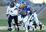 BROOKINGS, SD - DECEMBER 9: Isaac Wallace #35 from South Dakota State University breaks loose for a touchdown against University of New Hampshire during their FCS quarterfinal game Saturday afternoon at Dana J. Dykhouse Stadium in Brookings, SD. (Photo by Dave Eggen/Inertia)