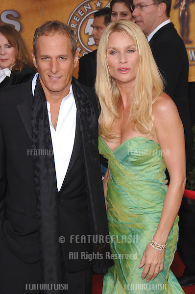 NICOLLETTE SHERIDAN & MICHAEL BOLTON at the 12th Annual Screen Actors Guild Awards at the Shrine Auditorium, Los Angeles..January 29, 2006  Los Angeles, CA.© 2006 Paul Smith / Featureflash