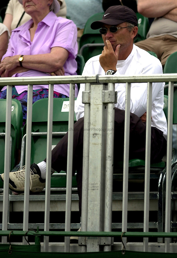 Photo: Richard Lane..DFS Classic Women's International Tennis at Edgebaston. 14/06/2003..Maria Sharapova's father.