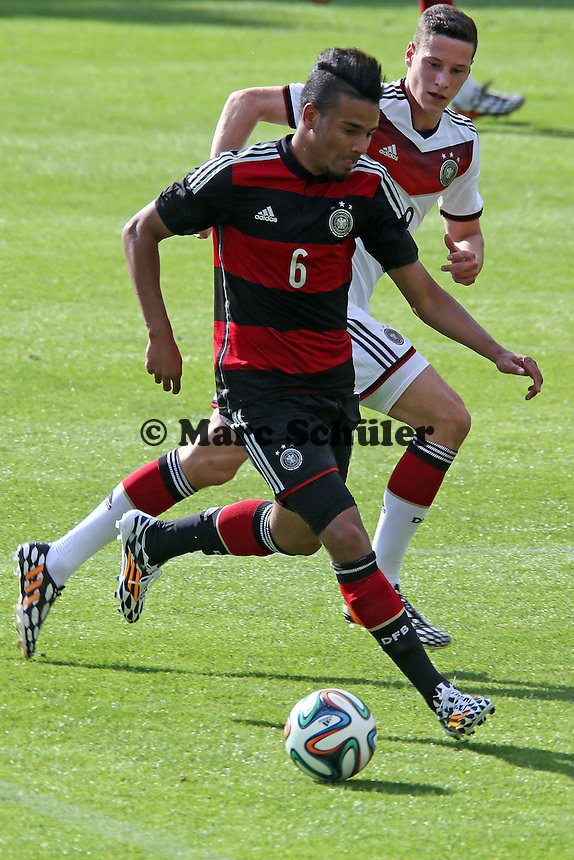 Erik Zenga (U20) gegen Julian Draxler - Testspiel der Deutschen Nationalmannschaft gegen die U20 zur WM-Vorbereitung in St. Martin