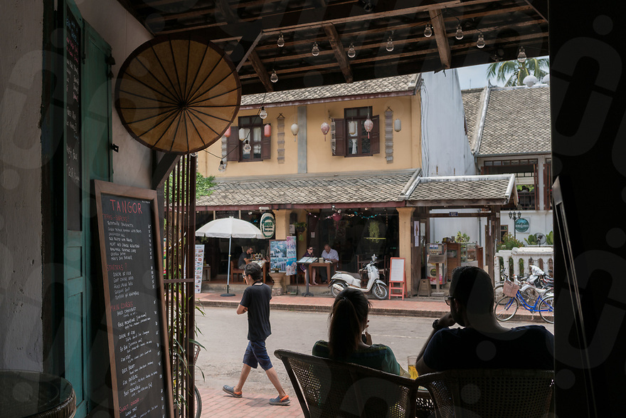 May 07, 2017 - Luang Prabang (Laos). People enjoy lunch at the French restaurant Tangor in central Luang Prabang. © Thomas Cristofoletti / Ruom