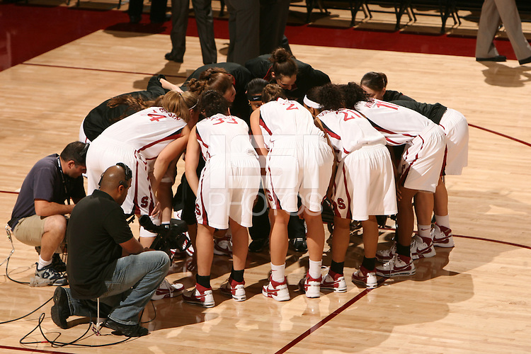 22 December 2007: The team during Stanford's 73-69 win over Tennessee at Maples Pavilion in Stanford, CA.