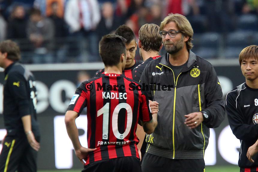 Trainer Juergen Klopp (BvB) mit Vaclav Kadlec (Eintracht)  - Eintracht Frankfurt vs. Borussia Dortmund