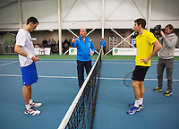 Januari 24, 2015, Rotterdam, ABNAMRO, Supermatch, Umpire Rob Mulder does the toss for Wesley Visser and Bart van de Berg (R)<br /> Photo: Tennisimages/Henk Koster
