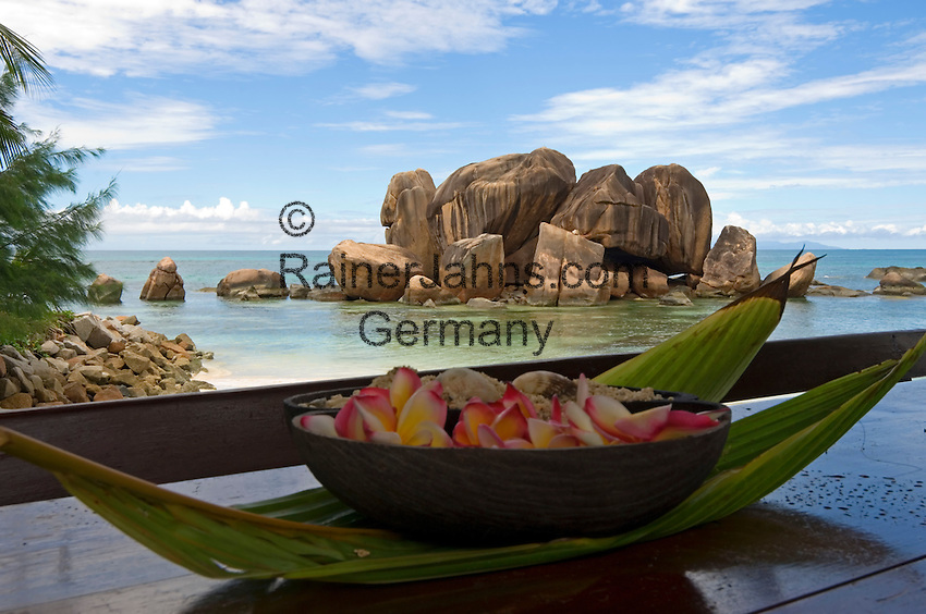 "Seychelles, Island Praslin, Anse Bateau: view from Restaurant Les Rocher across ocean with granite rocks ""Grosse Roche"""