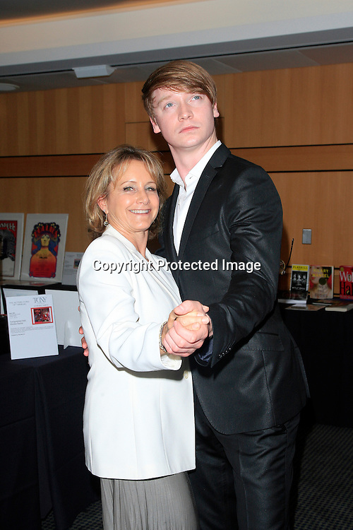 LOS ANGELES - JUN 7: Gabrielle Carteris, Calum Worthy at the Actors Fund's 19th Annual Tony Awards Viewing Party at the Skirball Cultural Center on June 7, 2015 in Los Angeles, CA