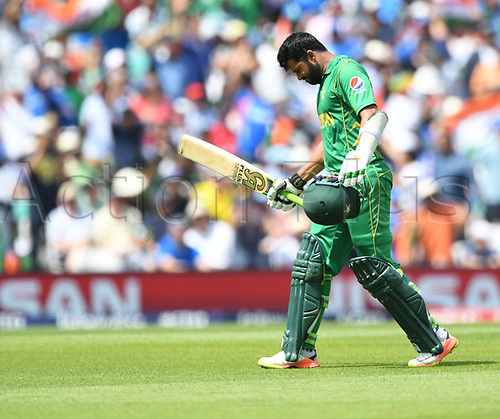 June 18th 2017, The Kia Oval, London, England;  ICC Champions Trophy Cricket Final; India versus Pakistan; Azhar Ali of Pakistan leaves the field after being run out