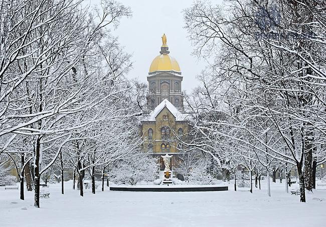 Jan. 22, 2013; Main Building on a snowy morning..Photo by Matt Cashore/University of Notre Dame