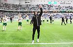 Stockholm 2015-04-25 Fotboll Allsvenskan Hammarby IF - &Aring;tvidabergs FF :  <br /> Hammarbys Linus Hallenius sjunger framf&ouml;r Hammarbys supportrar efter matchen mellan Hammarby IF och &Aring;tvidabergs FF <br /> (Foto: Kenta J&ouml;nsson) Nyckelord:  Fotboll Allsvenskan Tele2 Arena Hammarby HIF Bajen &Aring;tvidaberg &Aring;FF jubel gl&auml;dje lycka glad happy glad gl&auml;dje lycka leende ler le supporter fans publik supporters