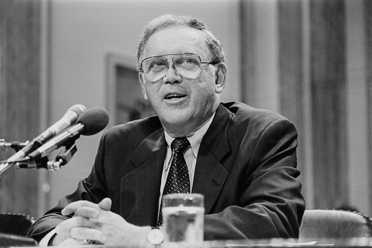 Former Sen. Warren Rudman, R-N.H., testifying before Ethics study commission on June 8, 1993. (Photo by Maureen Keating/CQ Roll Call)