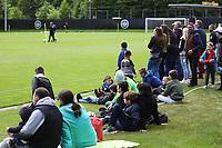 Viele Gäste beim öffentlichen Training - 01.05.2018: Eintracht Frankfurt Training, Commerzbank Arena