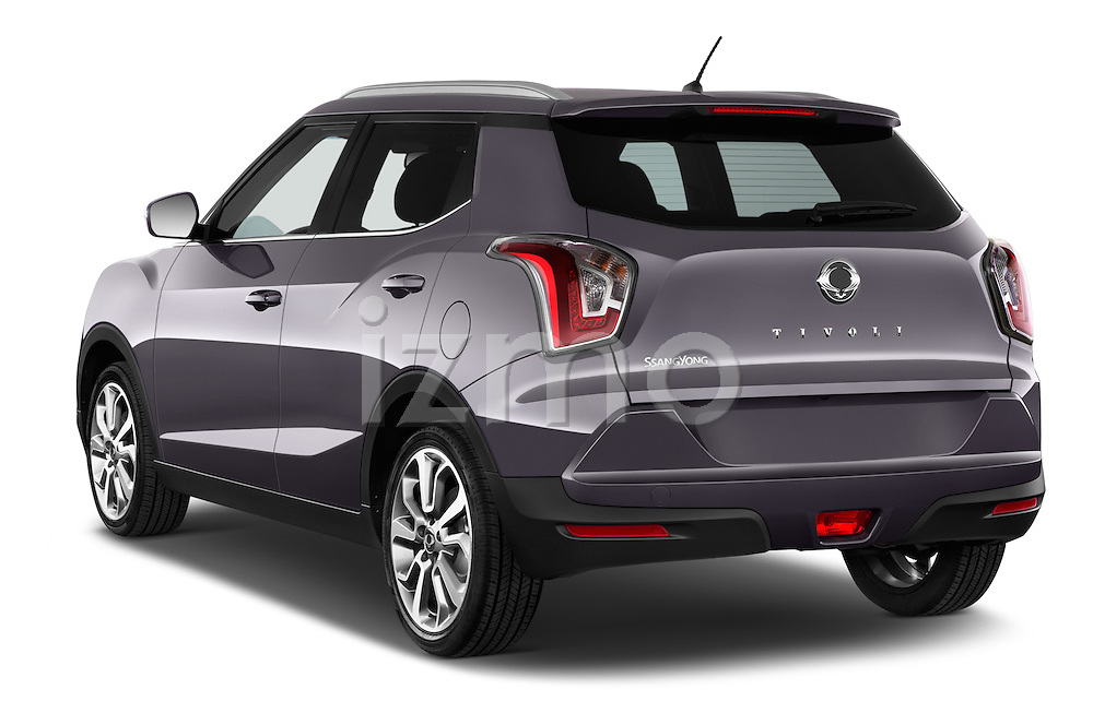 Car pictures of rear three quarter view of 2015 Ssangyong Tivoli Quartz 5 Door Suv Angular Rear
