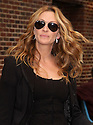 """NEW YORK - JUNE 09:  Julia Roberts  visits """"Late Show With David Letterman"""" at the Ed Sullivan Theater on June 9, 2009 in New York City.  (Photo by Soul Brother/FilmMagic)"""
