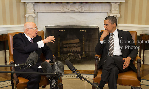 United States President Barack Obama (right) and President Giorgio Napolitano (left) of Italy meet in the Oval Office of the White House in Washington, D.C. on Friday, February 15, 2013..Credit: John Harrington / Pool via CNP