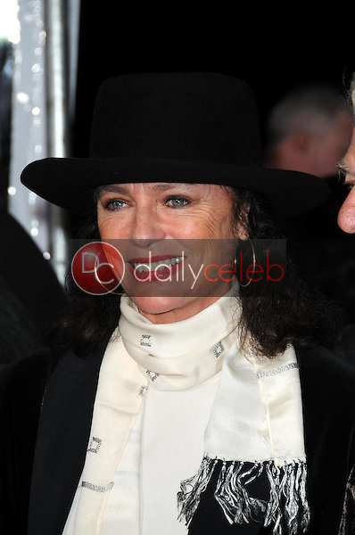 Jacqueline Bisset <br /> at the World Premiere of 'Revolutionary Road'. Mann Village Theater, Westwood, CA. 12-15-08<br /> Dave Edwards/DailyCeleb.com 818-249-4998