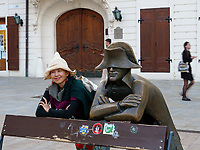 Chinesische Touristin am Hauptplatz Hlavne nam., Bratislava, Bratislavsky kraj, Slowakei, Europa<br /> Chinese tourist at main square Hlavne nam., Bratislava, Bratislavsky kraj, Slovakia, Europe