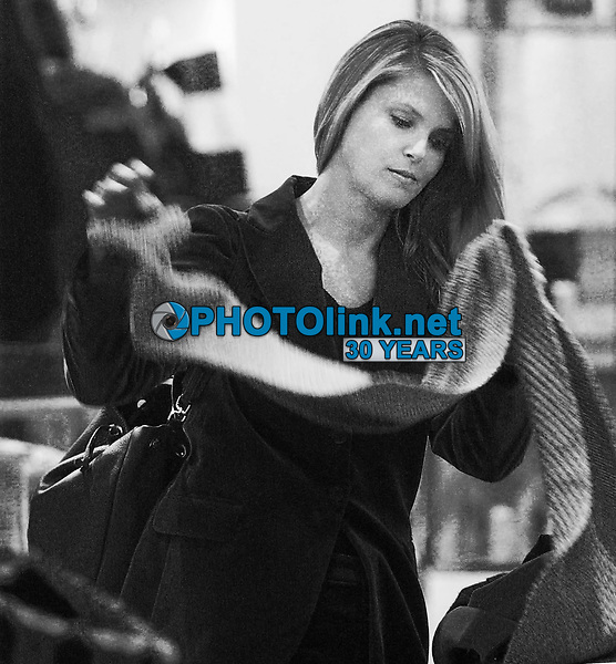CHRISTIE BRINKLEY AND PETER COOK<br /> SHOPPING AT BARNEY'S NEW YORK CITY, 01/10/2003<br /> Photo By John Barrett/PHOTOlink