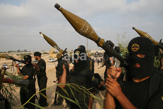 "Palestinian militants from ""Saraya Al-quds"" the military wing of Jihad Islamic movement Participate in a military training in Rafah city southern Gaza Strip."