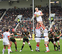 Northampton, England. Jackson Wray of Saracens wins the line out during the Aviva Premiership match between Northampton Saints and Saracens at Franklin's Gardens on October 27, 2012 in Northampton, England.