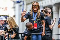 Nova York (EUA), 10/07/2019 - jogadora Jessica McDonald da  Seleção feminina de futebol dos Estados Unidos atual campeão da Copa do Mundo de Futebol Feminino 2019 é recebida pelos torcedores na cidade de Nova York nesta quarta-feira, 10. (Foto: William Volcov/Brazil Photo  Press)