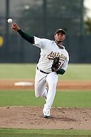 Fautino De Los Santos pitching for the AZL Athletics in his first appearance since his 2008 surgery in an Arizona League game against the AZL Brewers at Papago Park, Phoenix, AZ - 07/10/2009..Photo by:  Bill Mitchell/Four Seam Images.