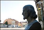 Busto dedicato a Bernardino Drovetti. Viaggiatore, diplomatico e collezionista mise assieme i reperti che furona raccolti nel primo museo di Antichità ed Egizio di Torino.