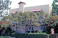 Irving Gill: George Kautz House, 1913. 7753 Draper, La Jolla. (Now a Bed & Breakfast) Photo 2000.