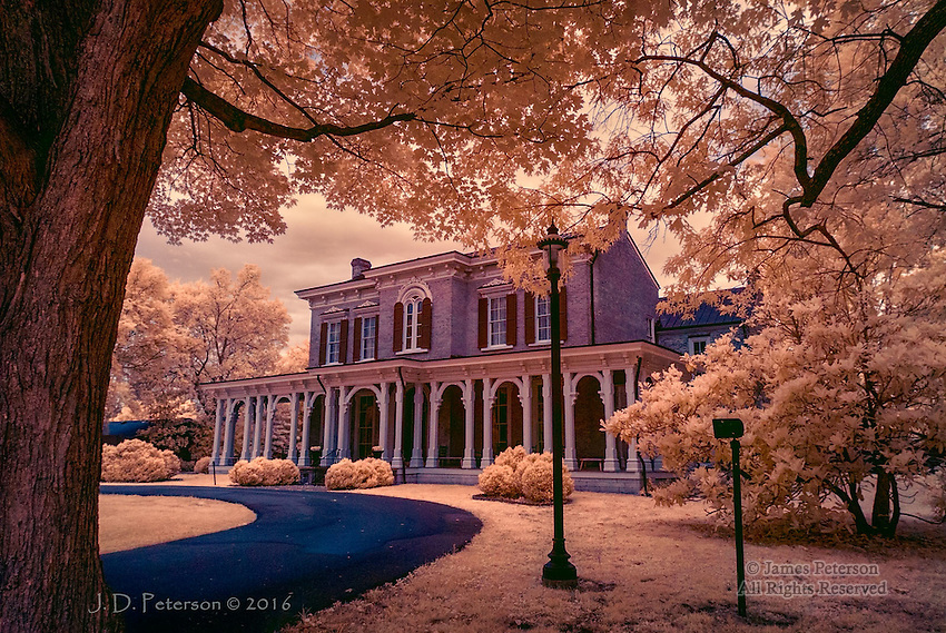 Oaklands Mansion, Murphreesboro, Tennessee (Infrared)