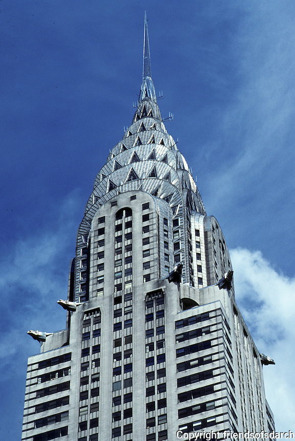 New York: Chrysler Building--zoom. Photo '91.