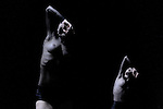 DUO (1996)....Choregraphie : FORSYTHE William..Compagnie : Ballet de l Opera de Lyon..Decor : FORSYTHE William..Lumiere : FORSYTHE William..Costumes : FORSYTHE William MIYAKE Issey Lieu : Theatre de la Ville..Ville : Paris..Le : 07 04 2009..© Laurent PAILLIER / www.photosdedanse.com..All rights reserved