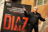"""Roma, 6 Aprile 2012.Photocall del film """"Diaz"""" .L'attore Mattia Sbragia."""