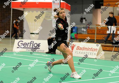 2012-02-05 / Seizoen 2011-2012 / Badminton / Belgische kampioenschappen / Jelske Snoeck neemt het samen met Janne Elst in het dames dubbel op tegen N. Kustyaningsih en Lianne Tan..Foto: mpics