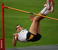 Great Britain's Robbie Grabarz competes in the men's high jump during the National athletics championships at Newtown Park, Wellington, New Zealand on Friday, 27 March 2009. Photo: Dave Lintott / lintottphoto.co.nz