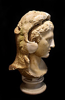 BNPS.co.uk (01202 558833)<br /> Pic: AdamPartridge/BNPS<br /> <br /> A retired gardener who dug up a 2,000-year-old marble bust of Alexander the Great at a country estate has sold it for almost £400,000.<br /> <br /> The heavy sculpture had been buried decades ago within the grounds of Sutton Place, a Tudor mansion that belonged to Jean Paul Getty in the 1960s and '70s.<br /> <br /> The American oil magnate sold the Surrey mansion to renowned art collector Stanley Seeger who set about transforming the gardens.<br /> <br /> The employee unearthed the 15ins tall bust during the work in about 1984.