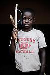 Exaussé. 10 ans. Sans être dans les groupes armés, il a déjà tué. Bukavu, RDC, juillet 2013.