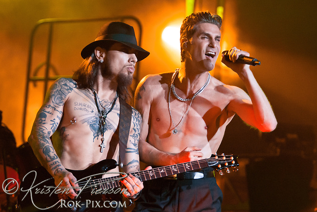 Janes Addiction Perform at Bank of America Pavilion, Boston, Massachusetts, August 11, 2012