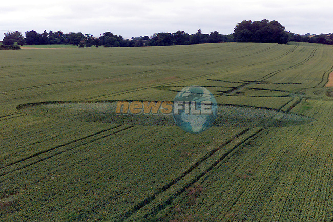 Crop Circles outside Drogheda near the New M1 Motorway..Photo Fran Caffrey/Newsfile.ie..This picture has been sent to you by:.Newsfile Ltd,.3 The View,.Millmount Abbey,.Drogheda,.Co Meath..Ireland..Tel: +353-41-9871240.Fax: +353-41-9871260.GSM: +353-86-2500958.ISDN: +353-41-9871010.IP: 193.120.102.198.www.newsfile.ie..email: pictures@newsfile.ie..This picture has been sent by Fran Caffrey.francaffrey@newsfile.ie