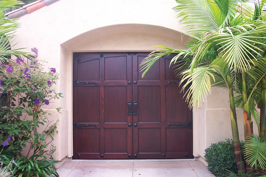 Carriage House Door 004 Jpg Amarr Garage Doors